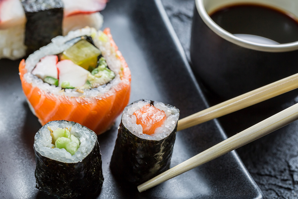 Можно ли поправится от суши и роллов