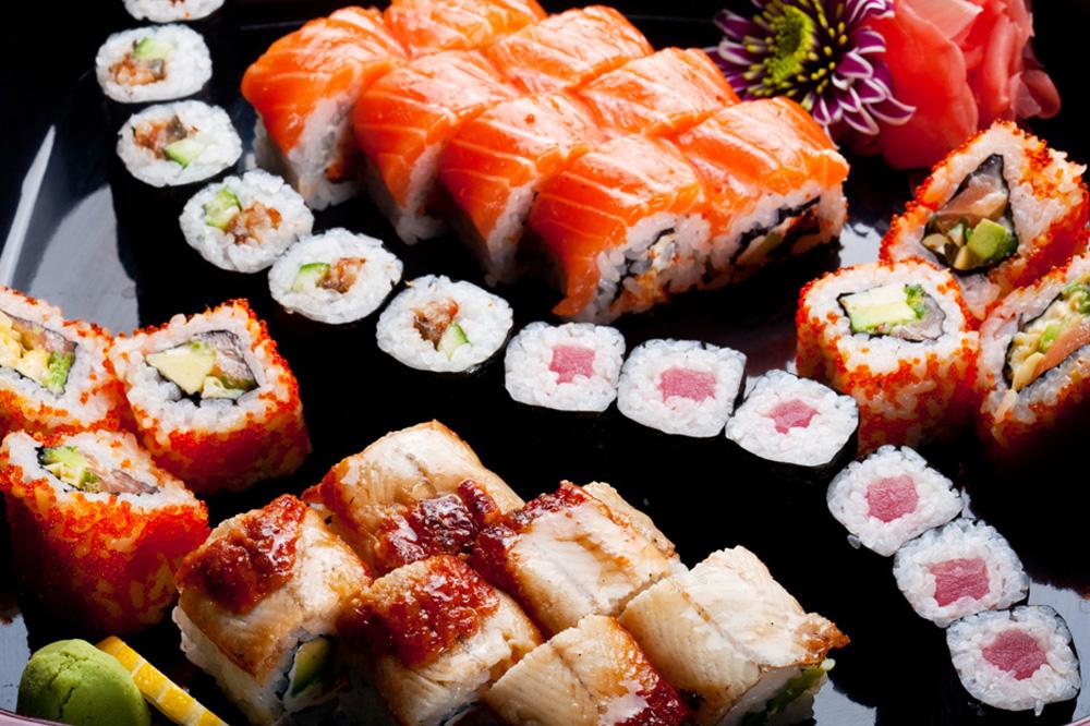 Почему в России так любят суши и роллы