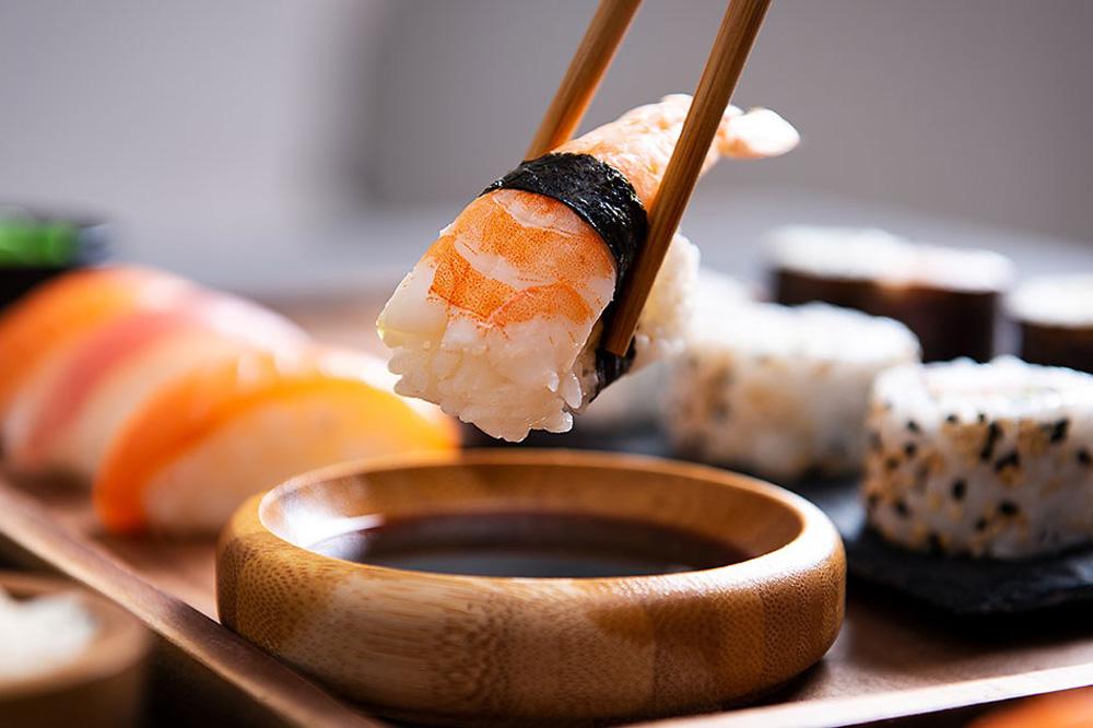 9 верных признаков что суши едят неправильно
